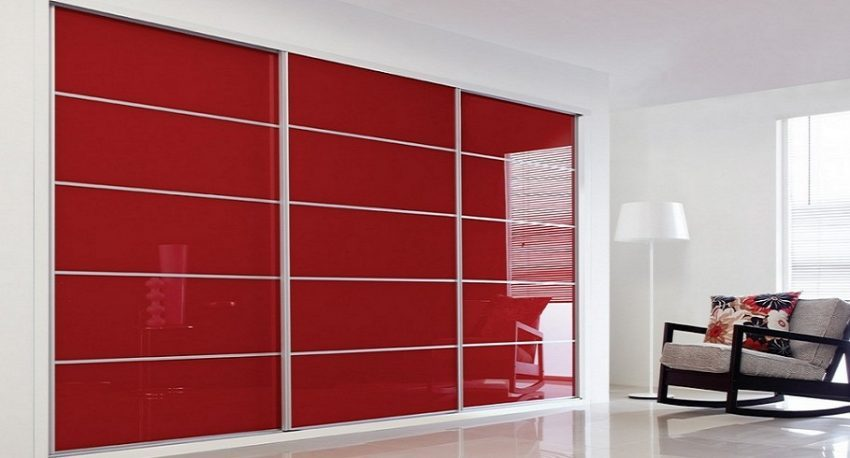 red-sliding-wardrobe modren