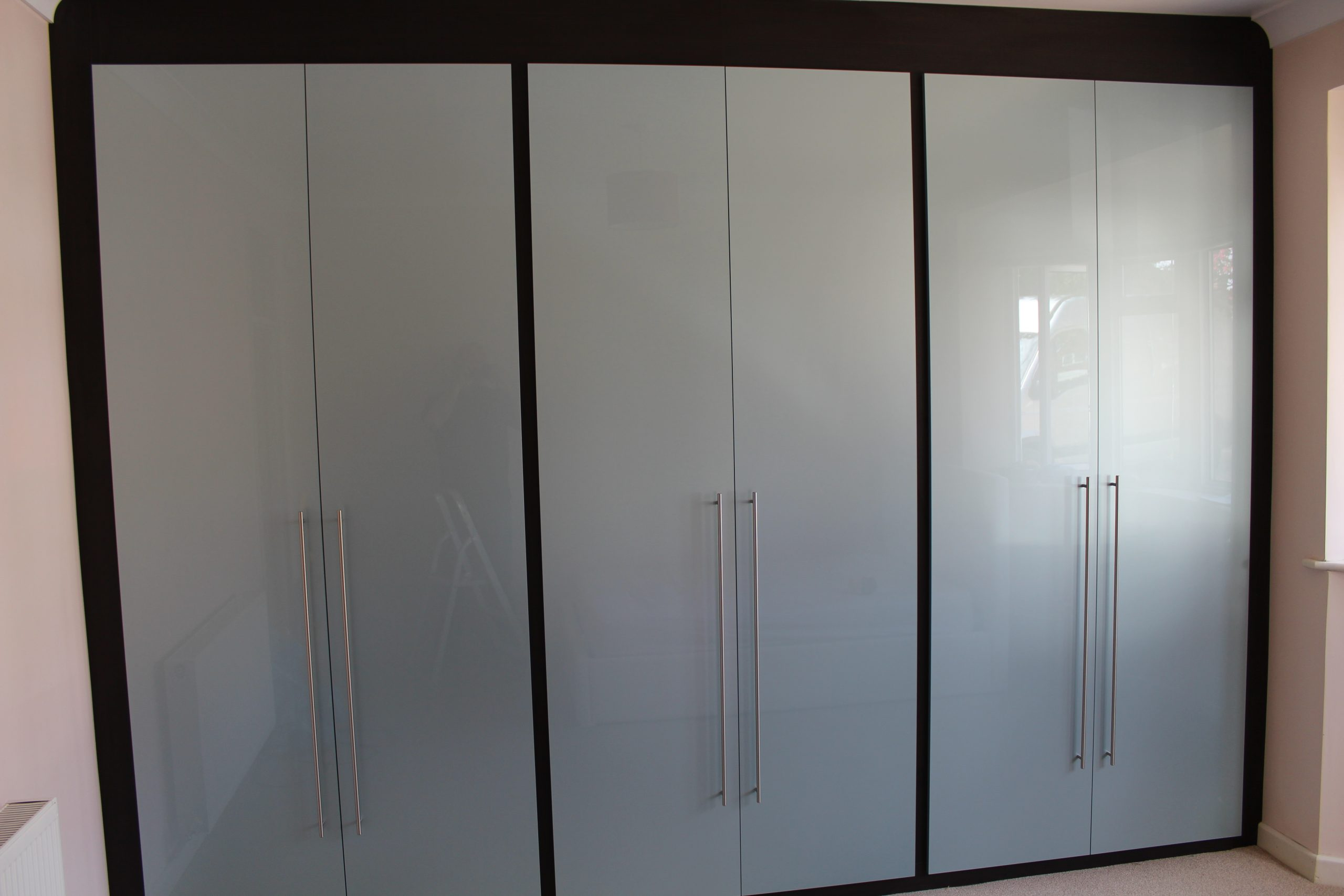 Blue-Gloss-Wardrobes-Hadleigh-Essex